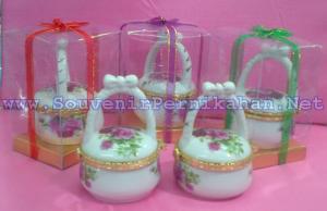 Tempat Perhiasan Keramik Keranjang