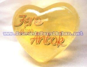 Gambar Sabun Tranparan hati nama