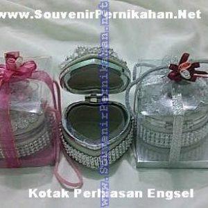 Souvenir Kotak Perhiasan Engsel Love – Cantik, Eksklusif dan Elegan