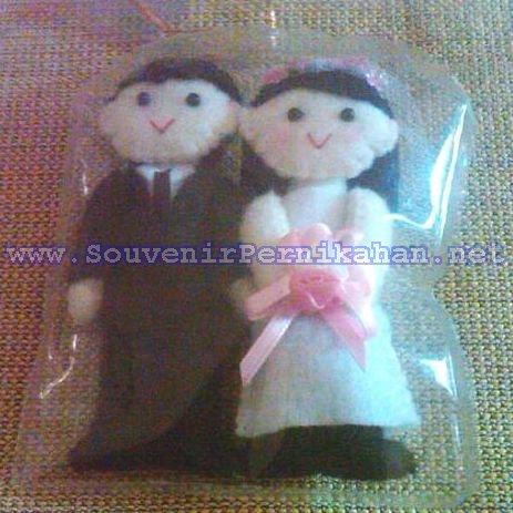 boneka flanel couple pengantin