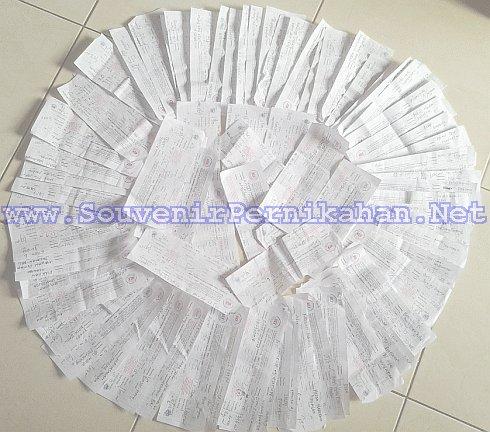 bukti pengiriman souvenir pernikahan ke seluruh indonesia