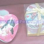 Souvenir Kotak Perhiasan Kaleng Love