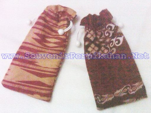 sarung hp batik