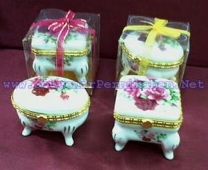 Kotak Perhiasan Keramik Kaki Eksklusif