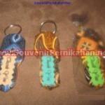 Gantungan Kunci Bentuk Sandal Batik Imut dan Cantik