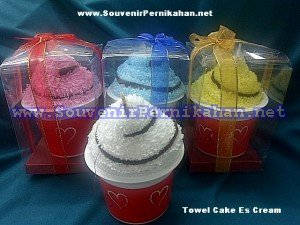 Jual Souvenir towel cake es cream
