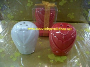 Keramik Tempat lada,garam Jas