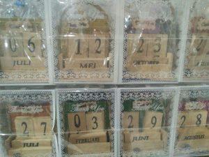 Souvenir Kalender Abadi Unik Murah