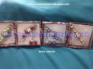 Souvenir Bros Cincin